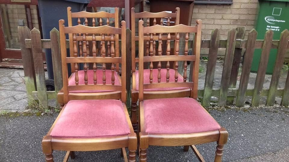 4 dining chair,solid oak,spindle back,carved,clean cushion,0 carver,VGC,no table