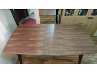 BRAND NEW!!! DWELL Circa compact extending rectangular dining table 8+ seater