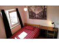 Lovely double room near Canary Wharf