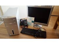 Dell Inspiron 530 Desktop PC with LCD monitor, keyboard and mouse - £60 ONO