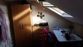 Loft Room available in 8 person Houseshare