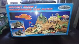 Military island and transforming tank playset with extras