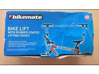 Push bike - lift for maintenance or storage (new in box)