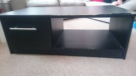 TVs stand / coffee table