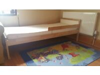 ********childrens bed**********