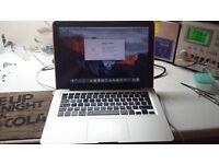 macbook pro 13 inch late 2011 i5 , 6gb ram, 750gb hdd el capitan installed