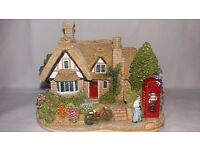 "Lilliput Lane Cottages ""THE CHATTERBOX CORNER"" RARE FIND"