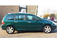 PEUGEOT 307 SW LPG IN VERY GOOD CONDITIONS, WITH PANORAMIC ROOF, DVD SAT NAV & BRC LPG SYSTEM