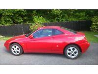 Alfa Romeo GTV 2.0L twin spark in rosso red