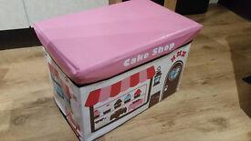 Childs storage and play box