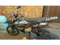BREAKING FOR PARTS PIT BIKE 125CC 110CC STOMP PITBIKE