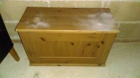pine toybox / blanket box - free local delivery