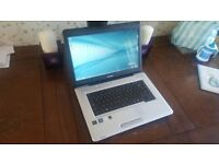 Toshiba laptop , 4gb ram and 500gb storage