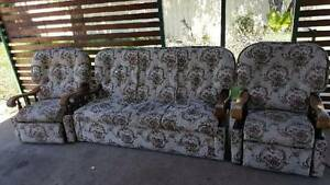 3 seater lounge, 2 reclining arm chairs Inverell Inverell Area Preview