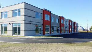 St-Jean-sur-Richelieu - Locaux industriels neufs 2,000-16,000 pc