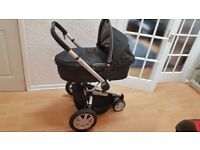 Quinny Buzz Pram + MaxiCosi car seat, EasyFix base and lots of extras