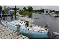 Eygthene 24 Yacht
