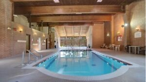 Spacious 2Bed/2Bath with Pool, Hot Tub & Fitness Room!