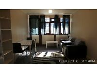 DSS Welcome Wonderful 2 Bedroom Ground Floor Flat With Large Garden & Living Room In Hoxton