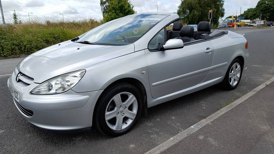 2004 peugeot 307 cc convertible cambelt water pump clutch fsh mot in blandford forum. Black Bedroom Furniture Sets. Home Design Ideas