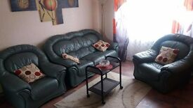 Spacious 2 bed Flat Located within a 10min walk from City Center