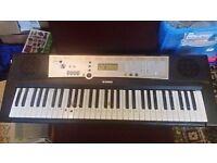 Yamaha E203 Electronic Keyboard