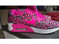 BRAND NEW NIKE AIR MAX TRAINERS VARIOUS STYLE AND SIZE 4 5 6 7 8