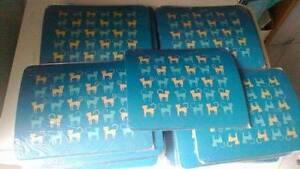 mouse-tappeto-logo-gatti-lotto-stock-di-205-tappetini