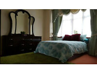 1 Large Double Bedroom - £125 per week