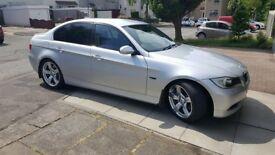 BMW 330I SE.