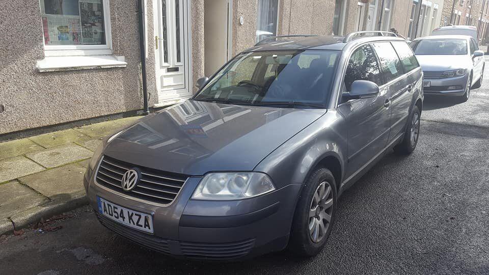 VW PASSAT trendline estate 2.0l petrol in grey metalic
