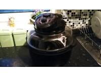 Cook works halogen oven