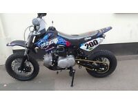 BRAND NEW STOMP JUICEBOX 110CC PIT BIKE (SEMI AUTO)