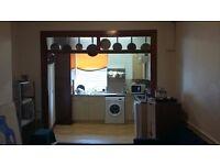 1 room in 2 bedroom flat - Shepherds Bush - £530pm+bills