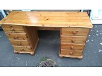 knee solid pine dressing table