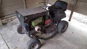 Cox Ride on Mower Beerwah Caloundra Area Preview