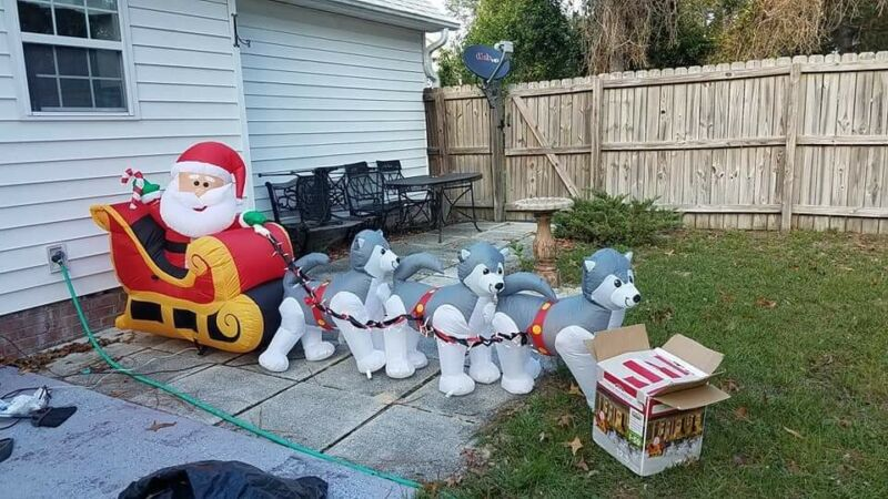 Santa Husky Dog Sled Christmas Airblown Inflatable