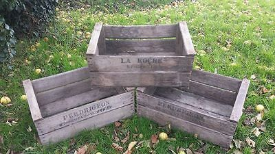ANTIQUE FRENCH WOODEN FARM SOLID APPLE / PEAR CRATE BUSHELL BOX VINTAGE 1960s