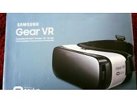 SAMSUNG Gear VR Headset in original box