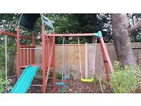 TP wooden climbing frame