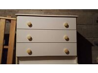 White chest of drawers. Good condition.