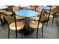 Circular table with 4 wooden chairs