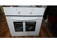 NEW! ESSENTIALS CBCONW12 Electric Oven - White