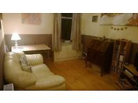 Beautiful 1 bedroom fully furnished flat, Cathcart