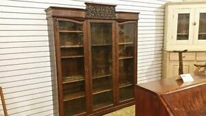 Victorian Quarter Cut Oak high End Large BOOKCASE solid wood! Strathroy Antique Mall SALE