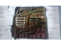 Mercedes Benz w113 Pagoda 230 sl 250 sl 280 sl tool kit for best offer