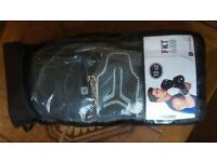 REAL BARGAIN! 10 oz boxing gloves - like new, unused!!