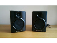 AV 40 studio monitors (pair) SPARES or REPAIR /not working