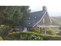 Beautiful 2 Bedroom Cottage - Stunning Views!