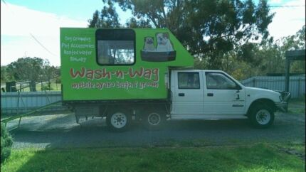 Grooming trailer for sale